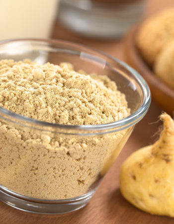 maca-root-powderand-root
